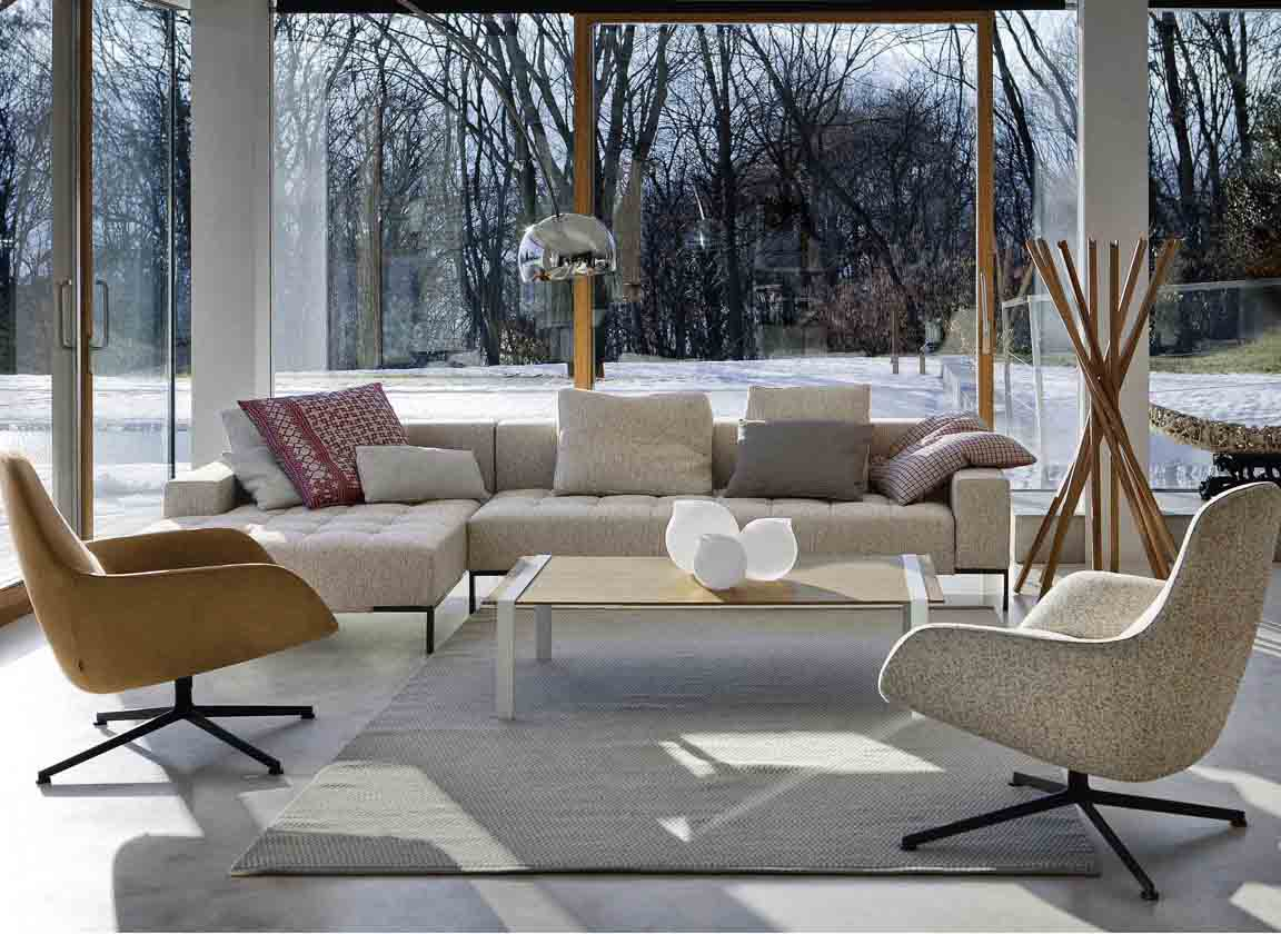 Buy Italian Furniture brands like Zanotta with Esperiri