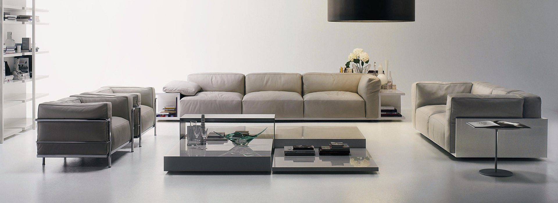 Cassina - Access the best Italian furniture brands, only with Esperiri.