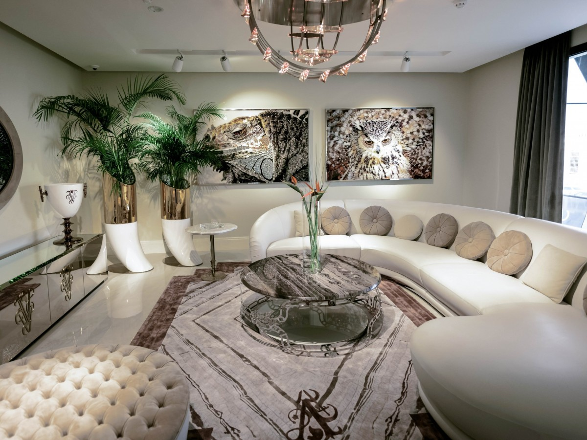 visionnaire showroom an Italian furniture brand in dubai showcasing luxury Italian furniture