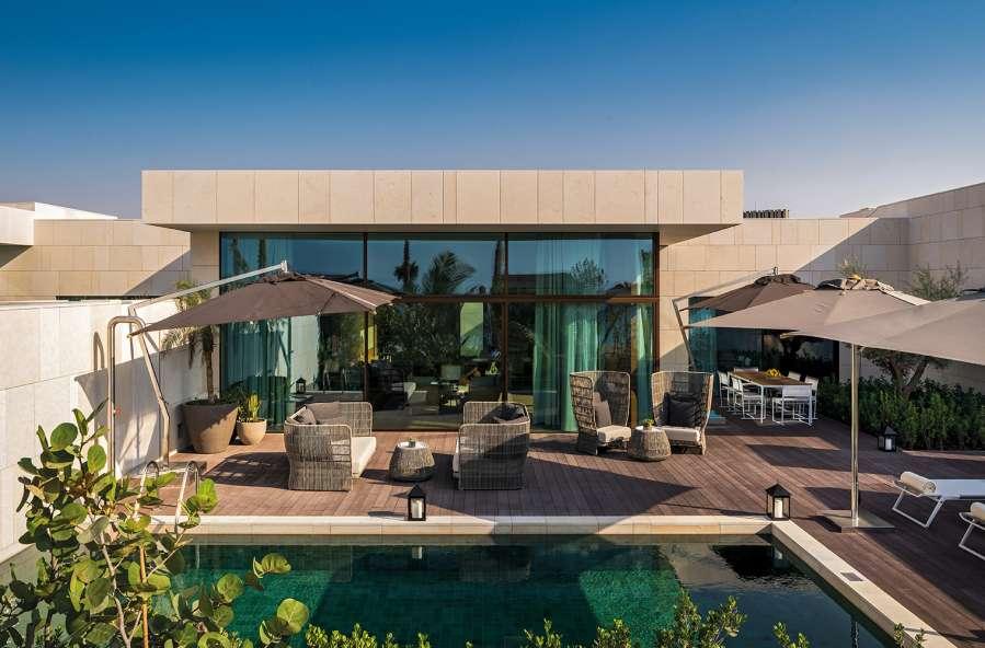 Italian furniture Dubai provided by Esperiri Milano team of Italian interior designers