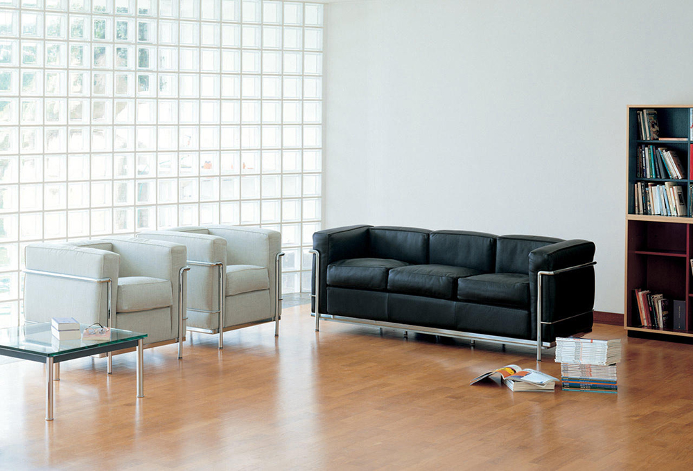 lc2 sofa from cassina an italian designer sofa producer