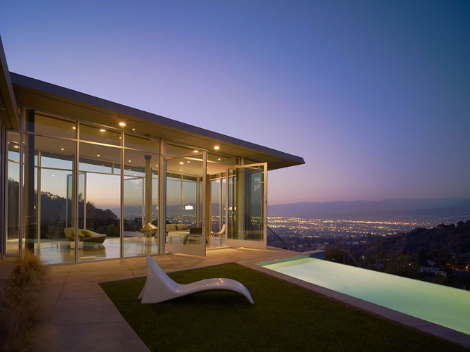 exterior of a stahl house designed by one of the top interior designer in los angeles