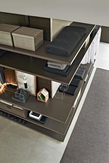 Molteni walk-in closet and corner composition detail