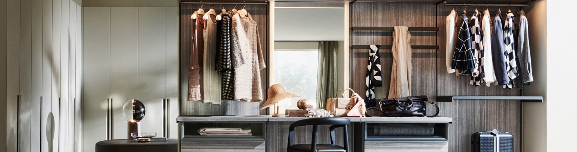 Master Dressing by Molteni is the new storage system designed by Vincent Van Duysen