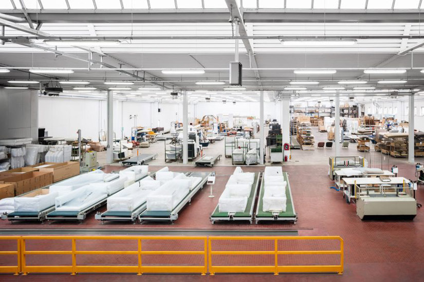 Italian furniture manufacturers in italy and their site production
