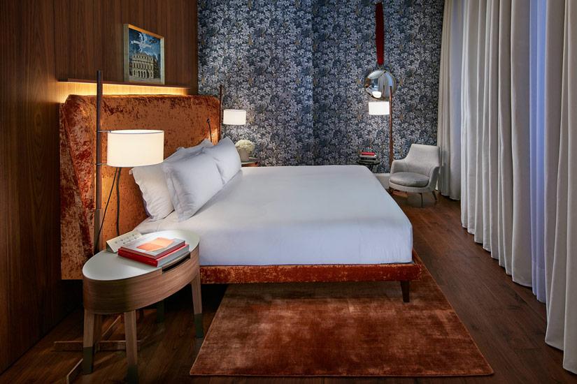 best hotels Milano and decorative wallpaper in Mandrian Oriental Hotel bedrooms