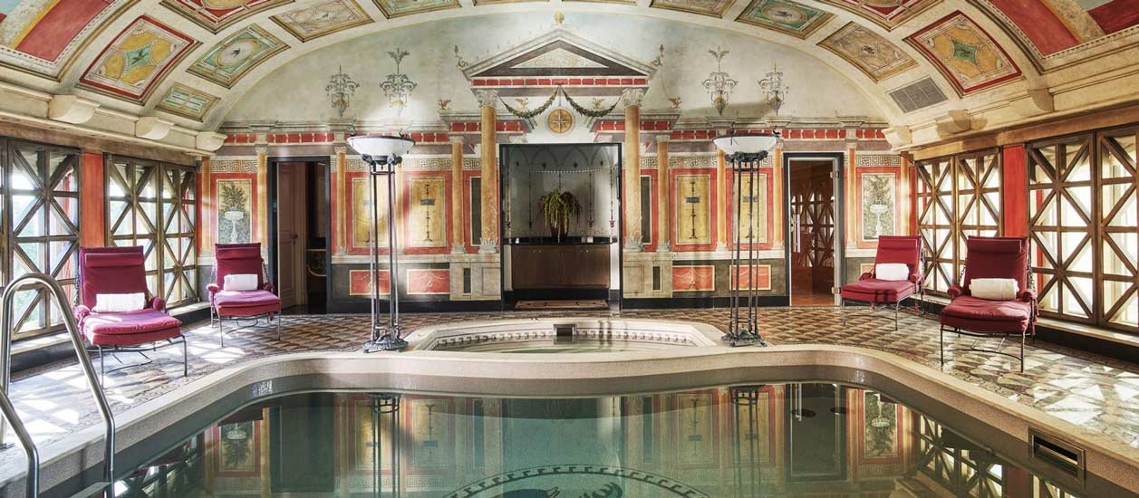 best hotels milano and Presidential suite Pompeii style spa