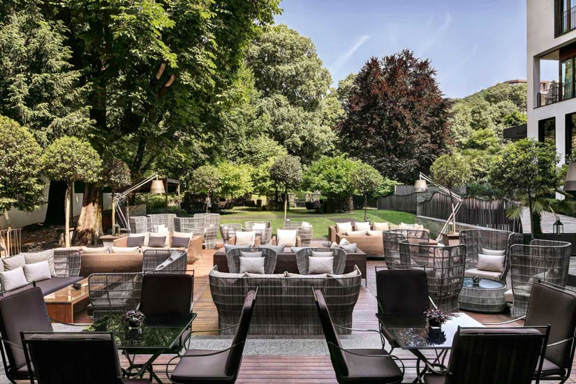 luxury hotels in Milan and Bulgari Hotel private garden