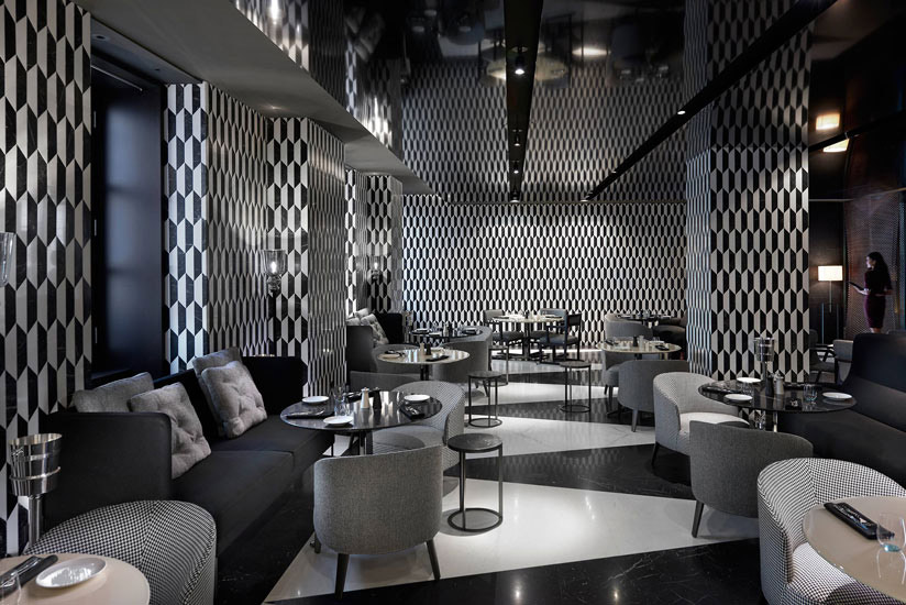 luxury hotels in Milan and Mandarin Oriental Hotel black and white lounge bar