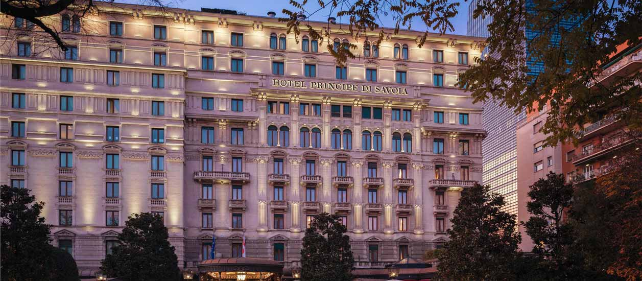 luxury hotels in Milan and Principe di Savoia hotel facade