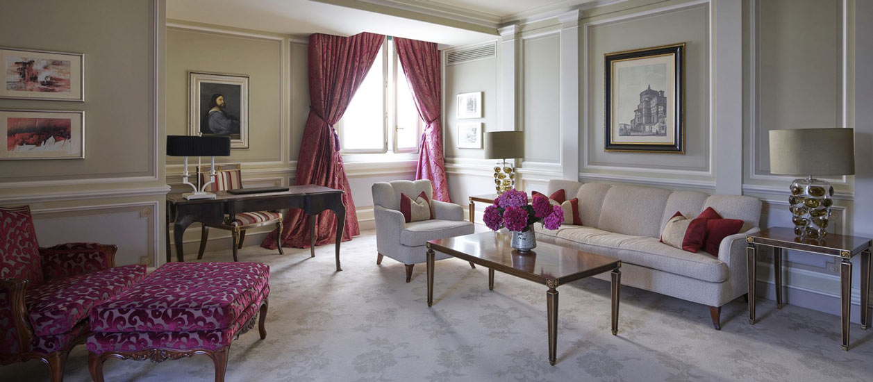 luxury hotels in milan and Principe suite art deco style
