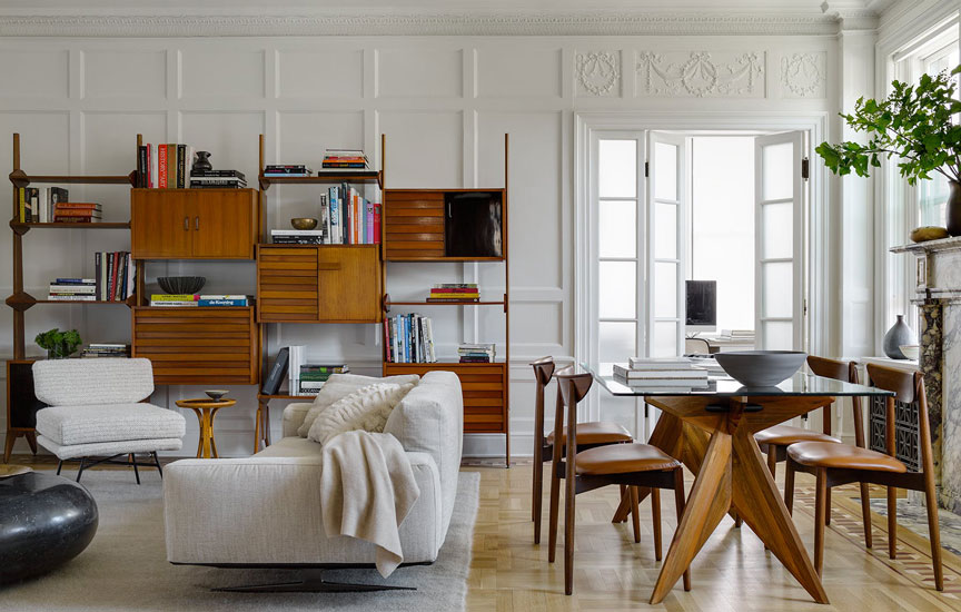 Brad Ford studio, one of the top nyc interior designers, used a mix of classic and contemporary pieces of furniture in his Hundred Barclay's pentahouse interior design project