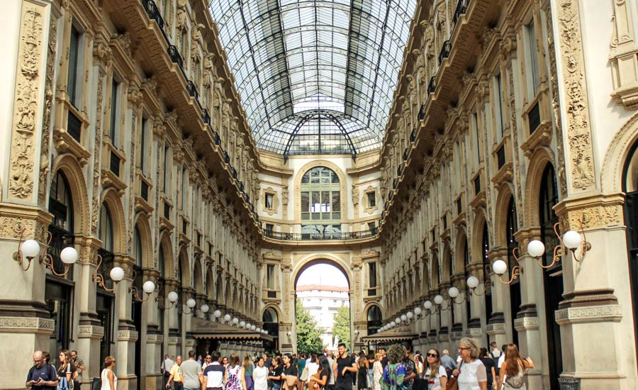 Luxury shopping Milan in Galleria Vittorio Emanuele II and Piazza Duomo areas