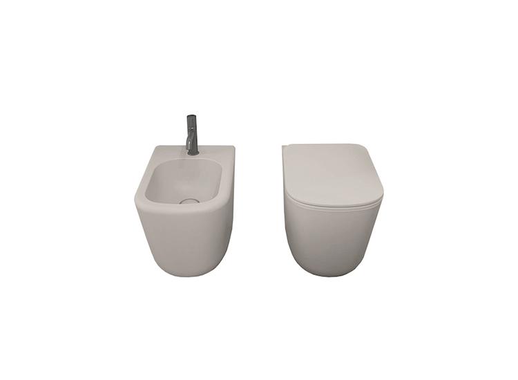 Sanitary wares ideas and Italian style bathroom