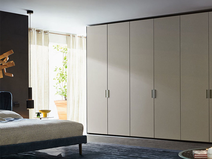 Molteni wardrobes different types of handles