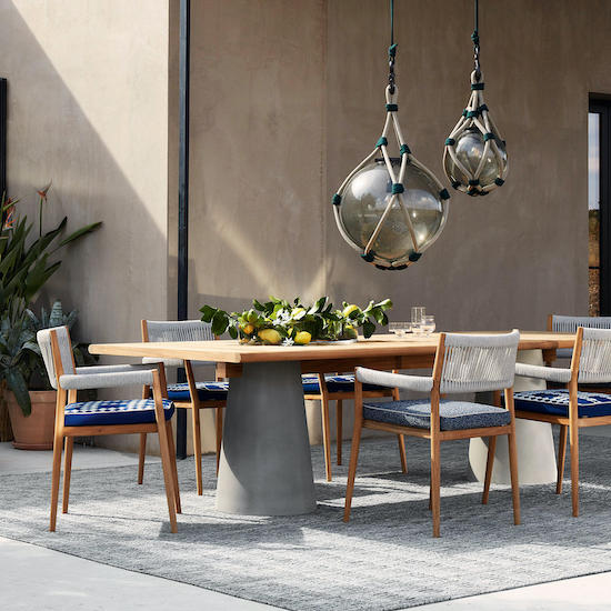 Dining luxury outdoor furniture