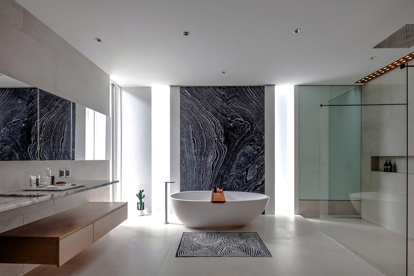 Contemporary Bathroom Project designed by the Best Interior Designer in Bangkok. Discover our Exclusive Italian Furniture Brands by Esperiri