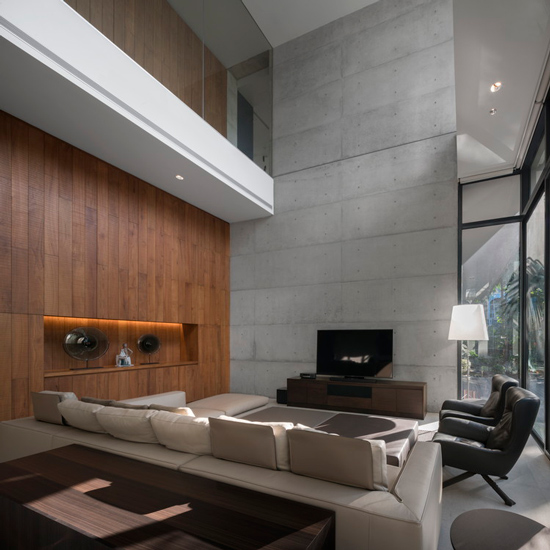 Contemporary Luxury Living Room designed by Architects49. Discover our Unique List of the Best Interior Design Firm in Bangkok by Esperiri