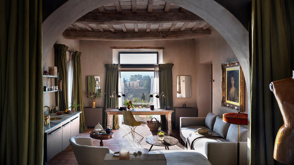 Reschio Estate: the best solution of Design Hotels in Italy for a full immersion in the rustic italian luxury style.