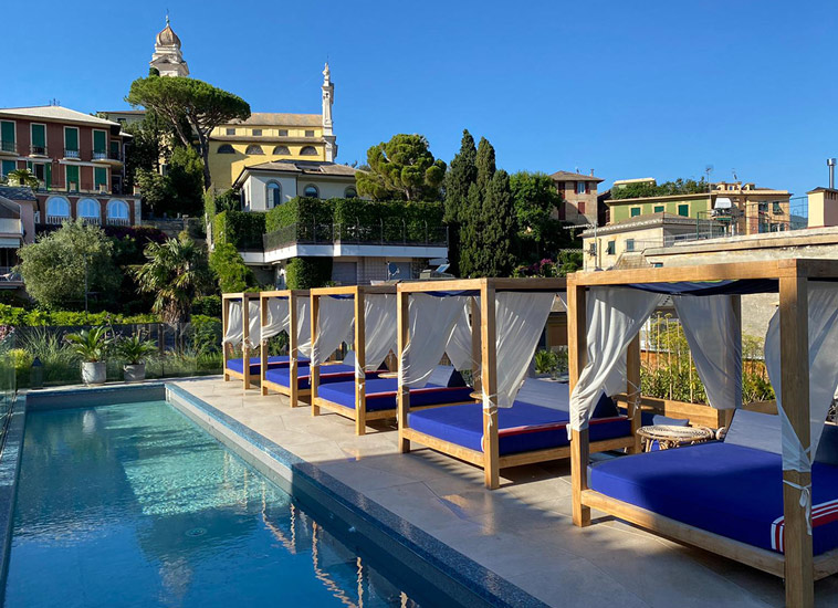 One of the best Boutique Hotels in Italy is Blu di Te House. Outdoor Swimming Pool on the Ligurian Coast
