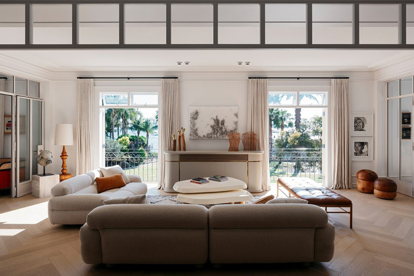 Elegant Living room designed by Richard Stanish, one of the Design studios we selected in our list of the top interior designers Sydney has to offer