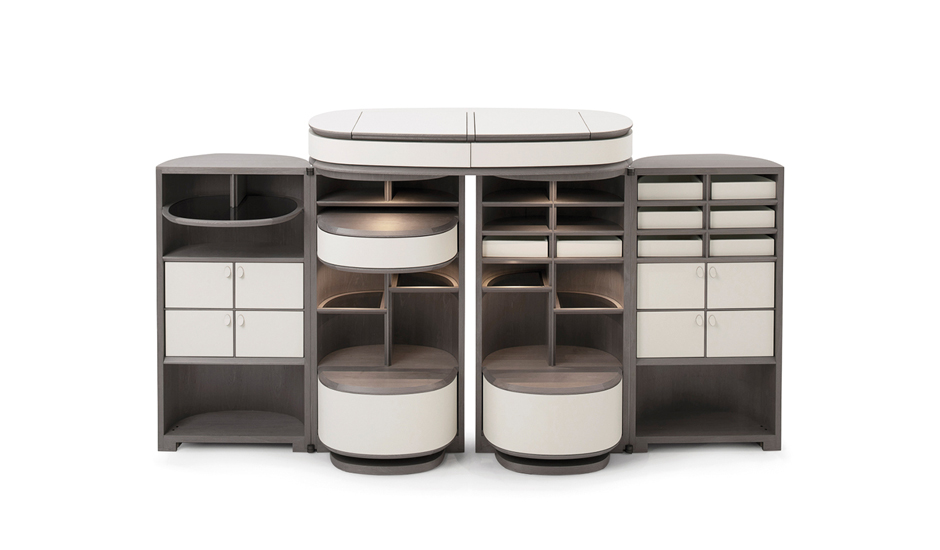Houdini Storage designed by Roberto Lazzeroni for Porro, one of the best Luxury Italian furniture Melbourne has to offer.