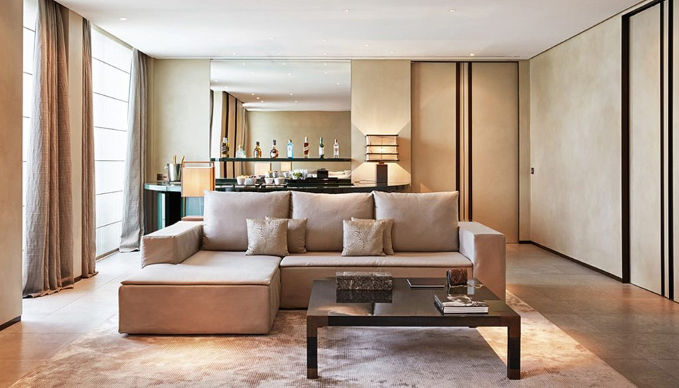 A soothing palette of precious materials define the interiors of the suites at Armani Hotel, one of the most exclusive hotel in our list of the best five hotels in milan