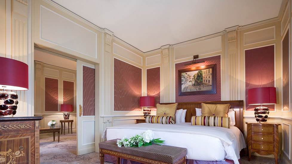 Luxurious furnishings that captures a uniquely classic italian glamour at Hotel Principe di Savoia, one of the most exclusive hotel in our list of the best 5 star hotels in Milan