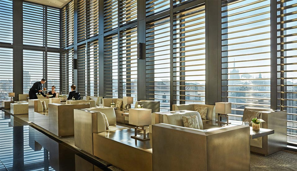 A soothing palette of precious materials define the Bamboo Bar at Armani Hotel, one of the most exclusive hotel in our list of the best five hotels in milan