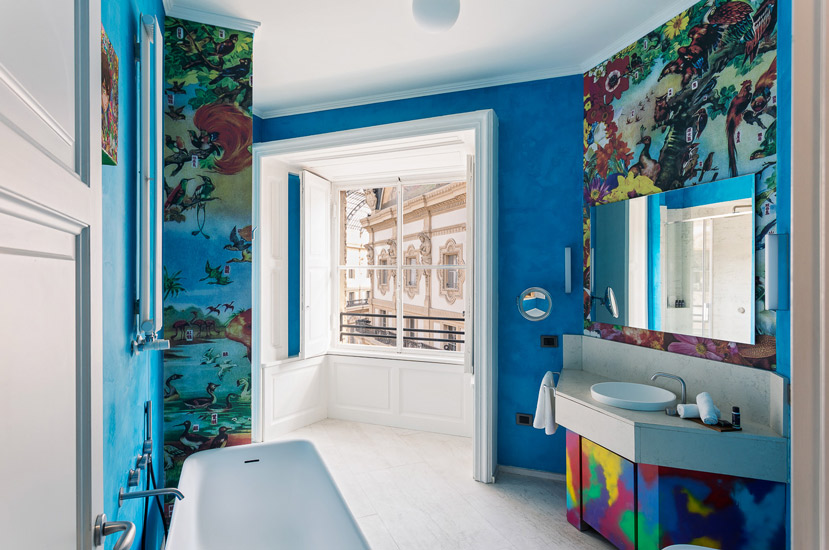 Contemporary art pieces, iconic design furniture and Blue nuances are synonymous with Italian Luxury and Elegance. One of the best five star Hotels in Milan is Galleria Vik