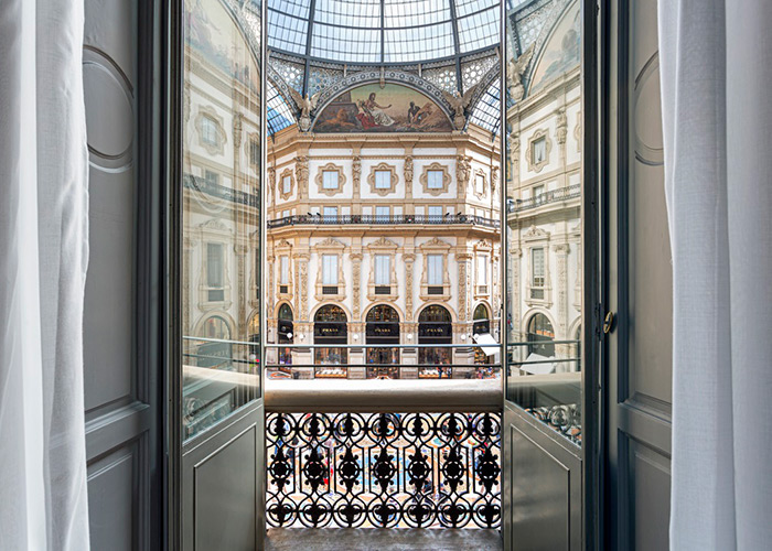 A view from Galleria Vik Hotel, one of our precious selection of the Best 5 Star hotels in Milan by esperiri milano