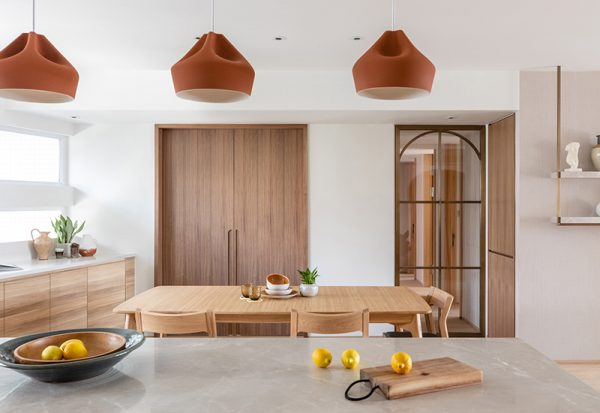 Soft shades and natural materials for this residence designed by Liquid Interiors, a Interior design firm in Hong Kong. Discover the best interior design Hong Kong has to offer